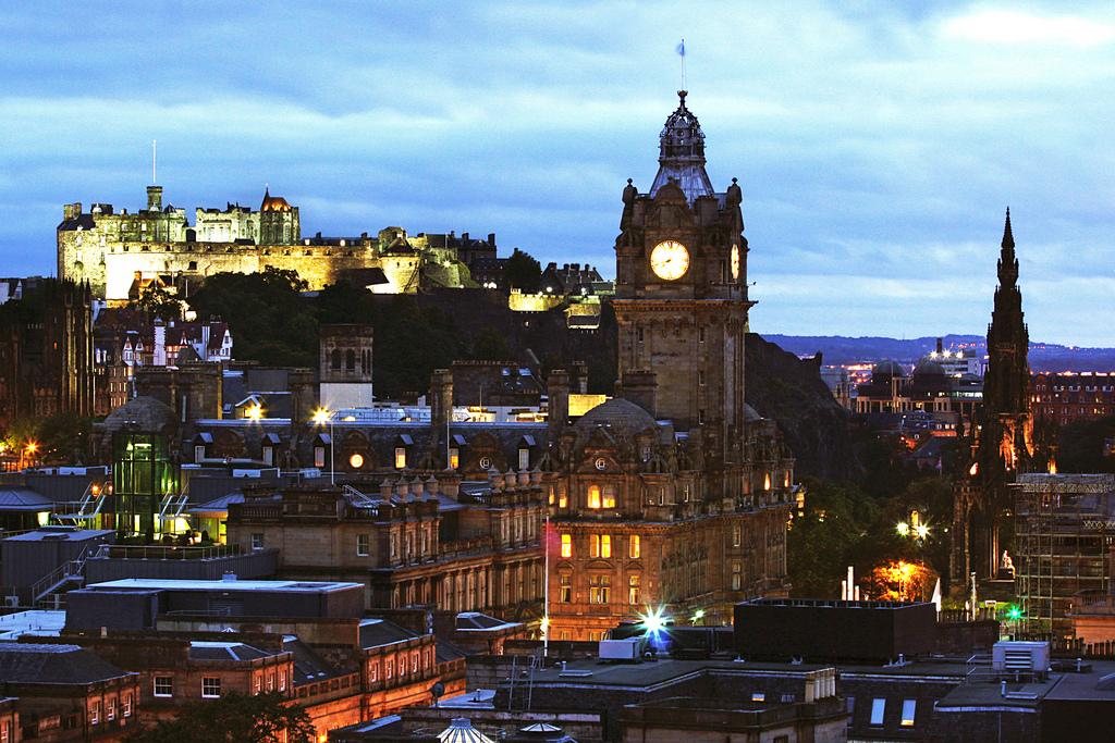 CV writers in Edinburgh